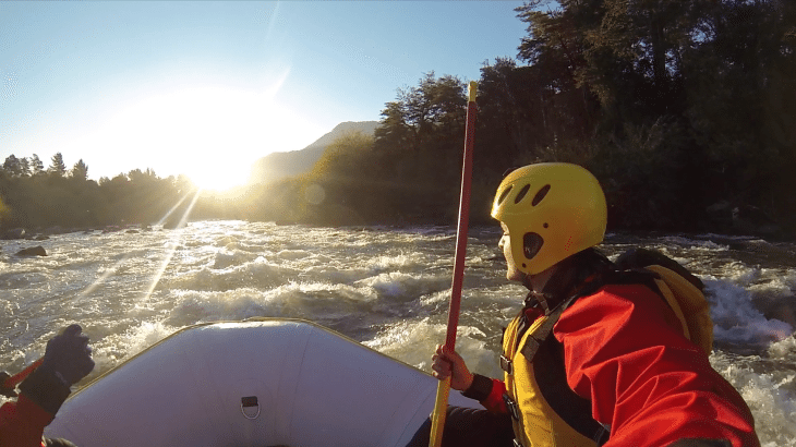 rafting rio trancura pucon chile